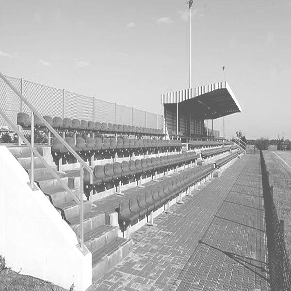 wejście do podstrony kompleksie sportowym Gminy Ksawerów w Woli Zaradzyńskiej